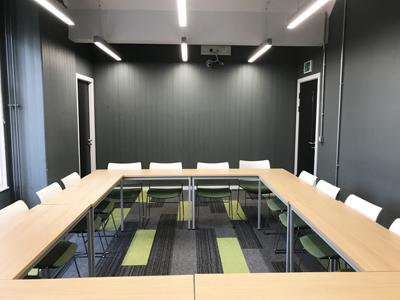 High School Yards Teaching Centre Classroom 4