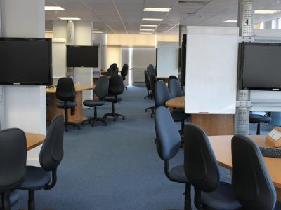 Teaching Studio 3217 is a Teaching Studio situated on the third floor of the James Clerk Maxwell Building, accessed via Gateway 4 from Mayfield Road.