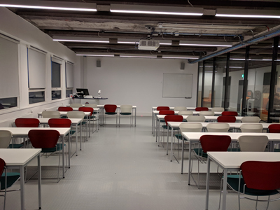 3.2 is a Tutorial Room located on the 3rd level of Lister Learning and Teaching Centre