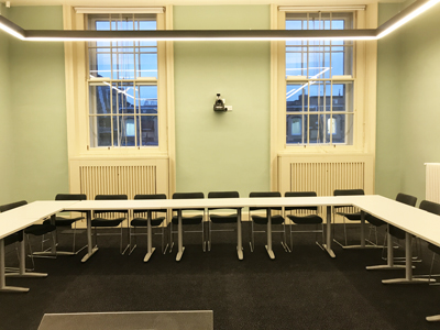 Old College Teaching Room 01