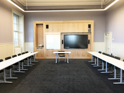 Old College Teaching Room 07